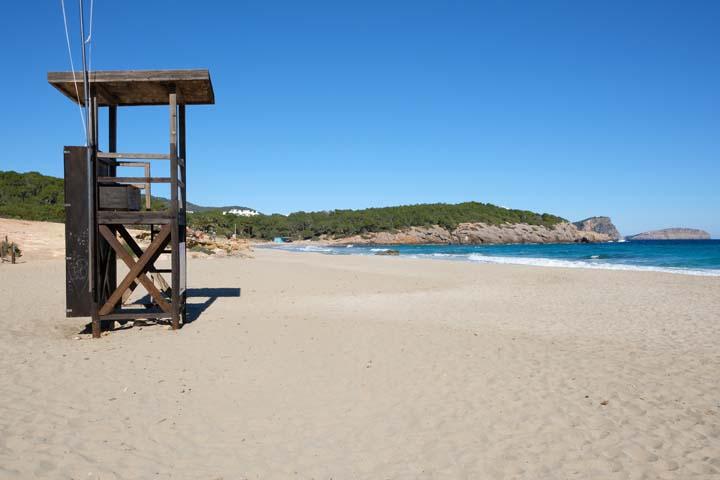 Ibiza met baby stranden