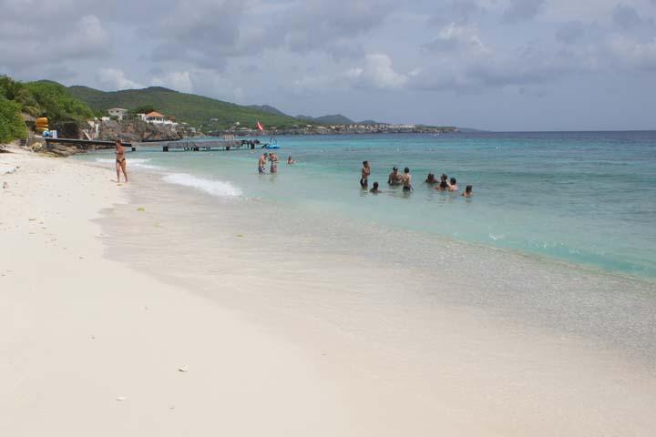 Curacao strand met baby